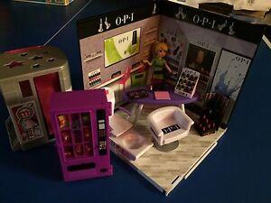 Miniature toy set