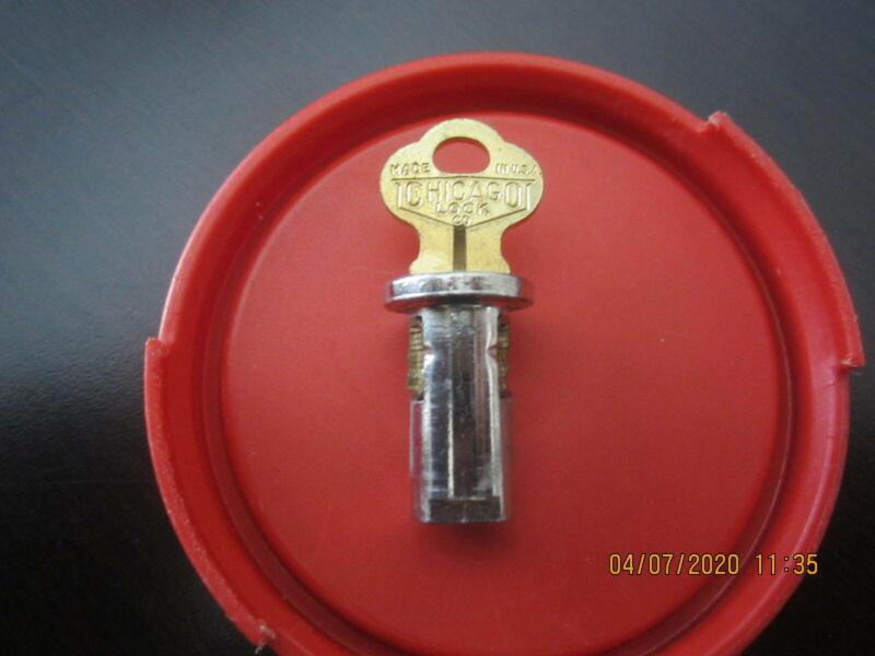ORIGINAL CANDY NUT GUMBALL VENDING MACHINE LOCK & KEY SCREW IN TYPE  # 2034
