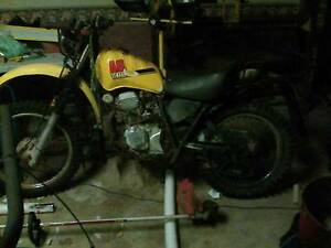 motorcycle mechanic needed....1-400 dollars Loganholme Logan Area Preview