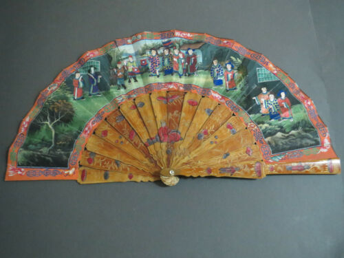 FINE ANTIQUE CHINESE EXPORT FAN LACQUERED WOOD STICKS HAND PAINTED SPREAD CANTON