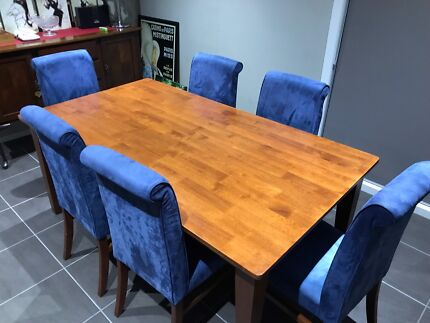 Timber dining table & 6 chairs