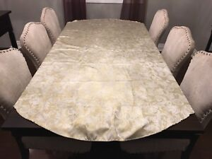 Metallic Oblong Holiday tablecloth