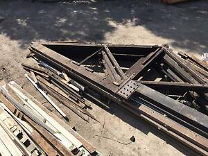 Old Timber Roof Trusses Oregon Beams 9.8m Span And 2.5m High. Croydon Burwood Area Preview