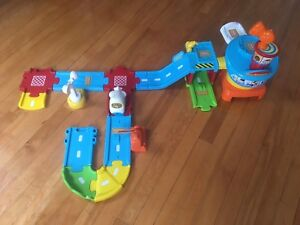 Assorted kid toys