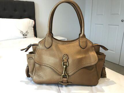 Cole Haan Tilly - Large Crossbody bag - BNWT  c76fe71b4cd80