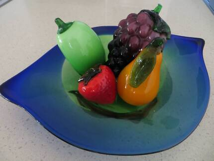 Bowl with Glass fruit