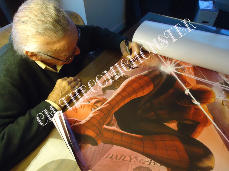 AMAZING SPIDER-MAN #1~ALEX ROSS VARIANT COVER ART POSTER~HAND-SIGNED BY STAN LEE