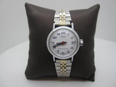 Vintage Timex Wind Analog Dial Clasp Watch (Made in Great Britian)