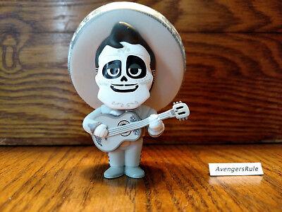 Disney Pixar Coco Mystery Minis Vinyl Figures Ernesto 1/6