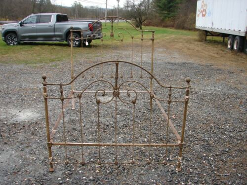 Antique Brass & Iron Mountain Top Full Size Bed -  SEE PHOTOS - #23