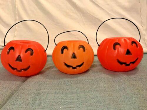 "Set of 3 Vintage 1960s Pumpkins Plastic Candy Pail Bucket w Handles Blow Mold 5"""
