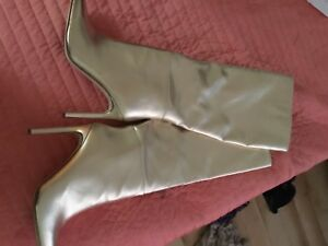 , gold guess boots size 10 coach suede boots size 9 and a hlf