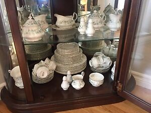 10 place setting of Paragon (Debutante) China for sale