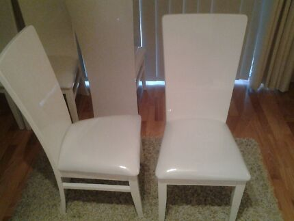 White dining room chairs. Set of four. Butler Wanneroo Area Preview