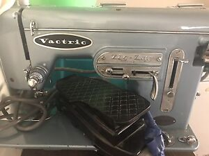 Vinage sewing machine Fremantle Fremantle Area Preview