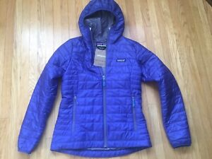 Womens Insulated Jacket - Patagonia Nano Puff Hoody in size S