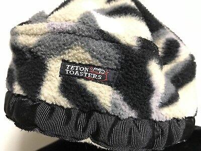 e2c65d030 Hats & Headwear - 24 - Trainers4Me