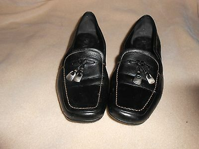 VINTAGE PRADA WOMAN'S BLACK LEATHER LOAFERS SIZE 5