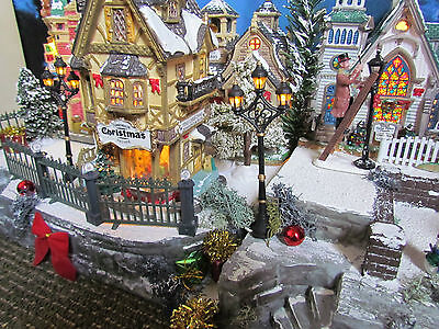 Christmas Village Display, OLD BRICK WALL, platform base 28x12 Dept 56 Dickens