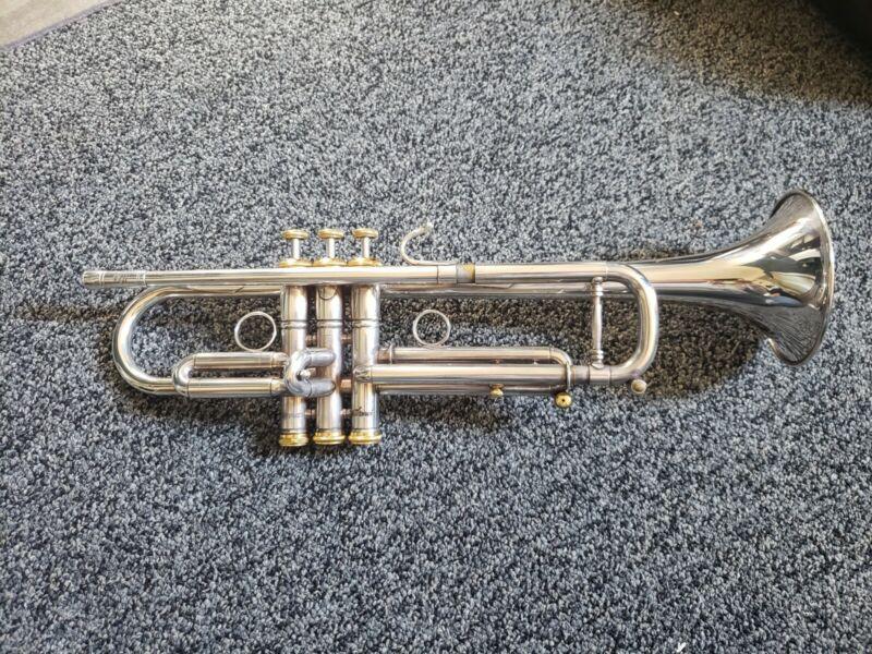 Stomvi USA VRII Lightweight Bell Professional Bb Trumpet