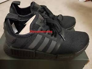 Adidas NMD Triple Black R1 US8