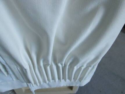 PENCIL PLEAT CURTAINS x 2PAIRS (4 curtains)
