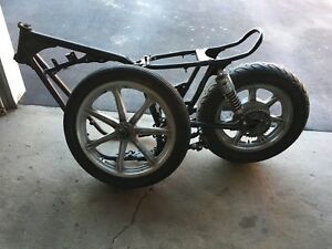 XS650 frame and wheels