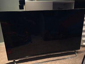 """Broken 65"""" LG UHD 4K tv"""