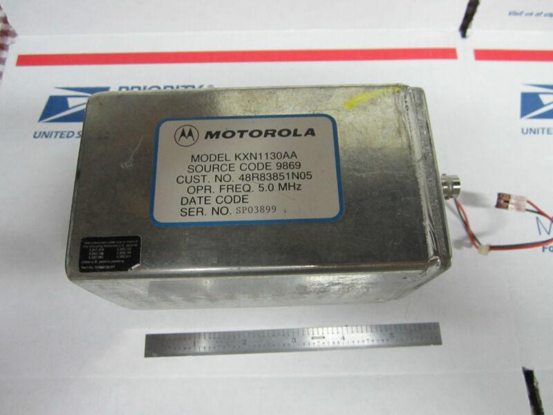 MOTOROLA 5 MHz QUARTZ OSCILLATOR FREQUENCY STANDARD #2