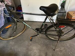 Old bike large MENS BIKE 6feet males or higher