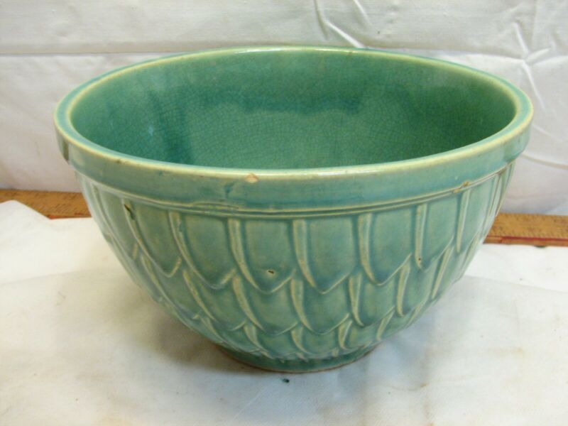"Vintage McCoy Yellow Ware Green Fish Scale Mixing Bowl 8"" Petal"