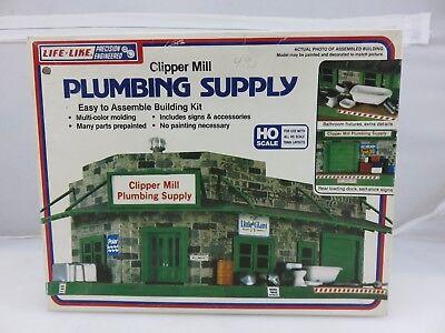 Life Like CLIPPER MILL PLUMBING SUPPLY HO Scale Model Kit No. 1357 UNBUILT