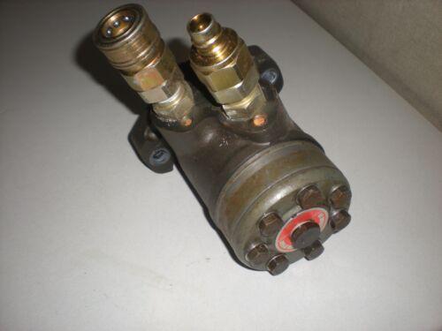 """DanFoss OMP 160 Hydraulic Motor - Shaft is 1"""" Diameter & 1-1/2"""" long w/Key"""