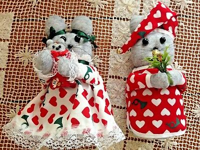 """SET OF 2 HOME MADE CHRISTMAS FAMILY OF MICE IN NIGHTGOWNS 6 1/2"""" TALL"""