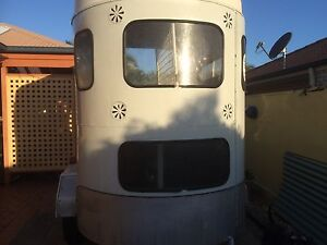 Horse float for hire Mango Hill Pine Rivers Area Preview