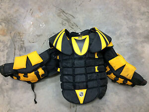 Sr Koho XL goalie chest protector