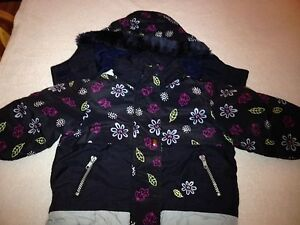Girls coat size 24 month