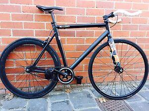 City road bike + helmet and U lock Melbourne CBD Melbourne City Preview