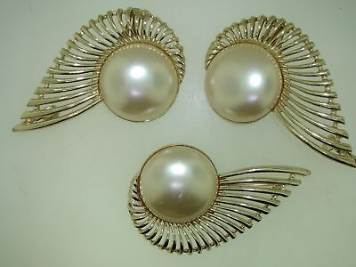 VINTAGE 1950'S ERA SARA COVENTRY HUGE FAUX PEARL ANGEL WING PIN & EARRINGS! RARE - Huge Costume Wings