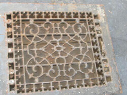 Vntg Ornate-Victorian-Cast-Iron-Register-Heat Vent