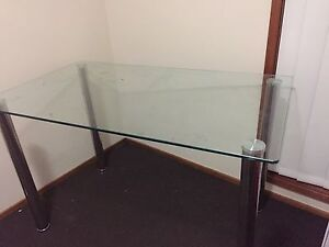 Tempered glass table for 4 chair Macquarie Links Campbelltown Area Preview