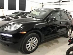 2014 Porsche Cayenne Pano Roof ~Navi ~Backup Cam ~2sets of tires