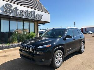 """2018 Jeep Cherokee North 4X4! LEATHER! TRAILER TOW! 8.4"""" SCREEN!"""