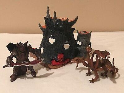 Terra by Battat Five Headed Hydra Dragon, Razhan Mol The Unholy Warrior, Playset (Hydra Dragon)