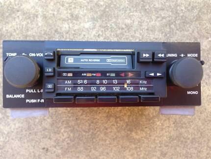 VH SLE genuine eurovox stereo Holden SS Commodore radio GMH SLX VC