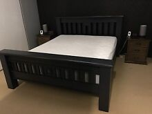 King bed and x2 bedside drawers Burns Beach Joondalup Area Preview