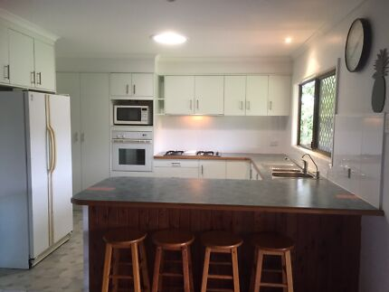 Kitchen and appliances Mooloolah Valley Caloundra Area Preview