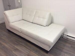 Divan/Sofa/Canapé en cuir Blanc 3 places