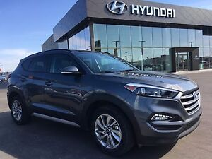 2017 Hyundai Tucson Panoramic Sunroof, Leather, Bluetooth, Al...