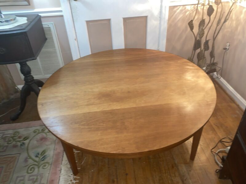 "SIGN Thomas Moser Round 48""  Solid Wood Table Used By Howard Hughes Medical Inst"